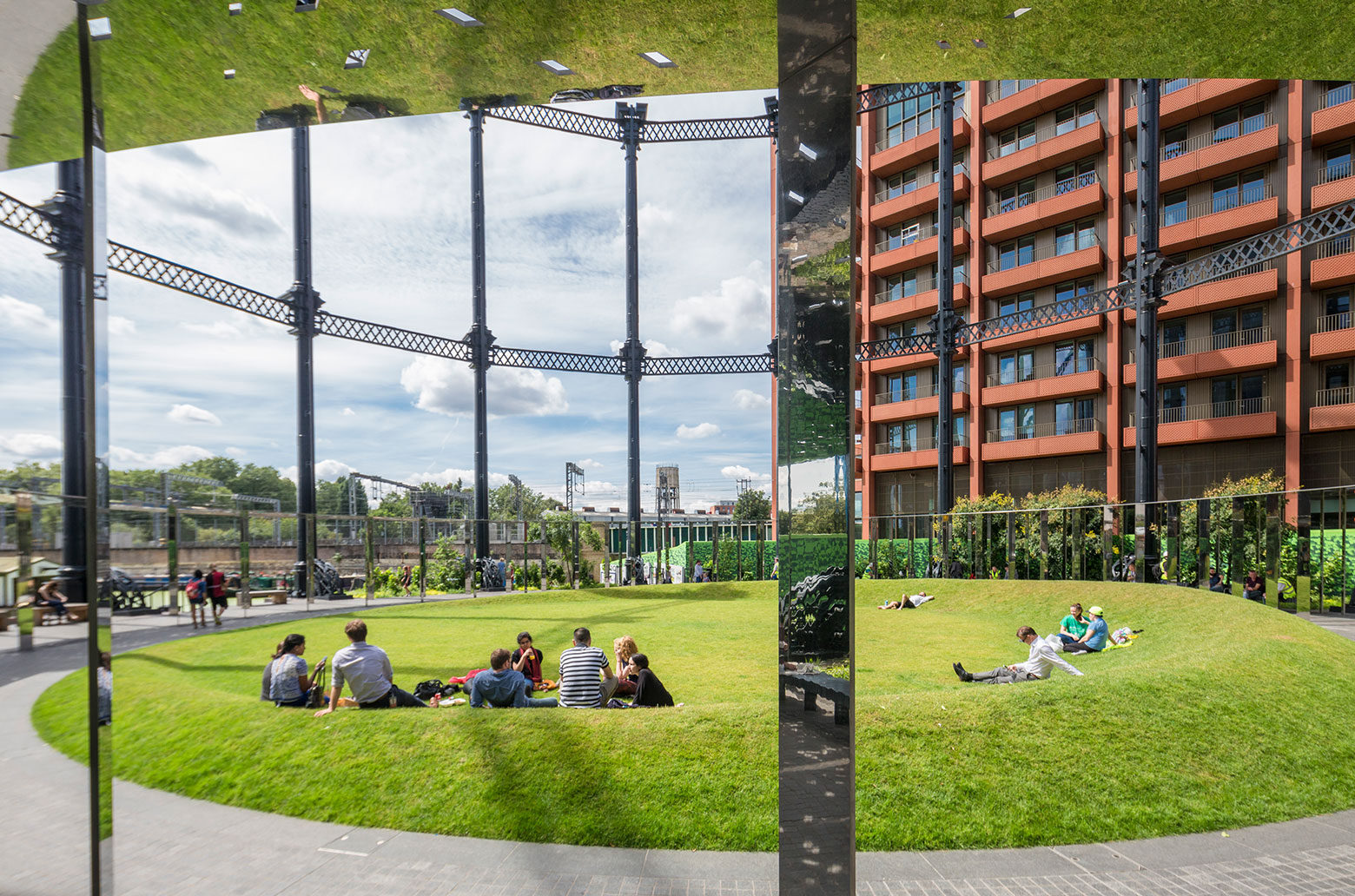 Gasholder Park wins an RIBA London Award